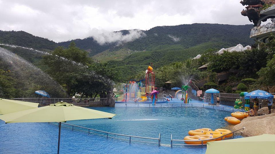 Suối khoáng nóng Núi Thần Tài