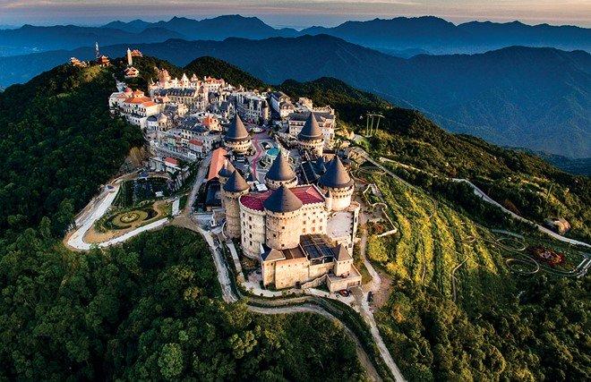 Bà Nà Hills Đà Nẵng nhìn từ trên cao