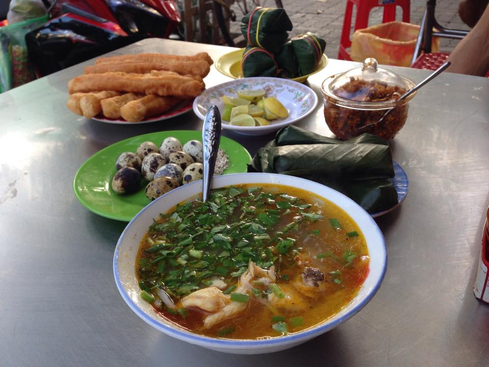 Bánh canh Tơ Đà Nẵng