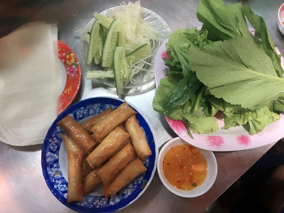 Quán ram cuốn cải Việt Đà Nẵng